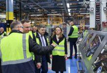Photo of Prezydent Andrzej Duda odwiedził zakład produkcyjny CAN PACK w Brzesku