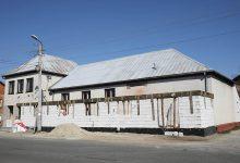 Photo of Dom Ludowy w Niedzieliskach w trakcie remontu i rozbudowy