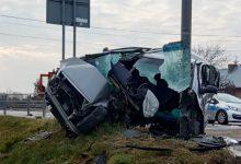 """Photo of Samochód """"owinął"""" się wokół słupa w Jastwi / 29 marca 2020 r."""