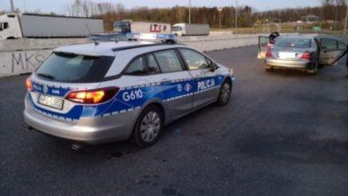 """Photo of Brzesko. Uwolnienie """"porwanej"""" 12-letniej dziewczynki na węźle autostradowym"""