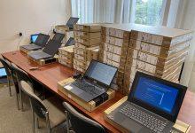 Photo of Gmina Borzęcin. Laptopy dla najbardziej potrzebujących uczniów