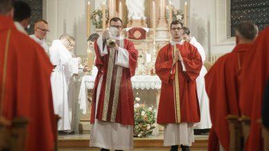 Photo of W sobotę 30 maja święcenia kapłańskie Kacpra Kani z Brzeska