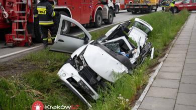 Photo of Strażak z OSP Szczurowa ratował rannego z wypadku w Nowym Brzesku / 15 maja 2020 r. / zdjęcia