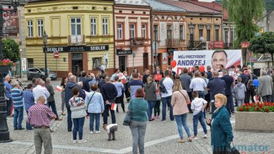 Photo of Brzesko. Wiec poparcia dla Prezydenta Andrzeja Dudy