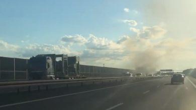 Photo of Zapalił się samochód osobowy na autostradzie na wysokości Proszówek / 30 czerwca 2020 r. / video