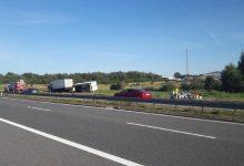 Photo of Autostrada A 4/ Ciężarówka uderzyła w samochód osobowy / 11 września 2020 r.