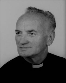 Photo of Zmarł śp. ks. prałat Józef Górka emerytowany proboszcz parafii w Porębie Spytkowskiej